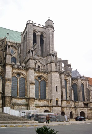 The exterior of Chartres cathedral is a curious mismatch of styles and features.