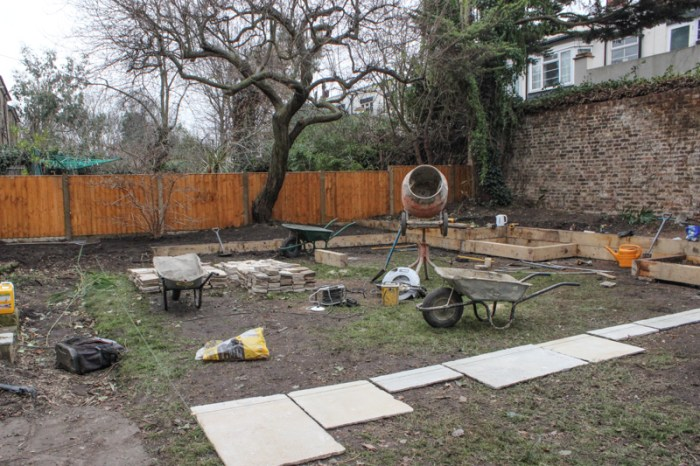 London garden makeover, Day 8