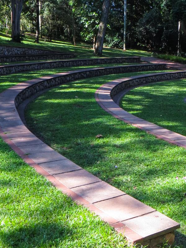 16-1-30 Durban Botanic Gardens LR-8632