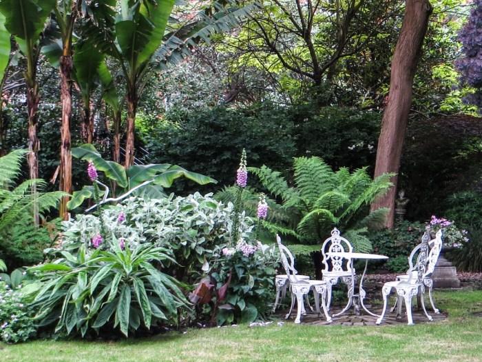 Bina Gardens East