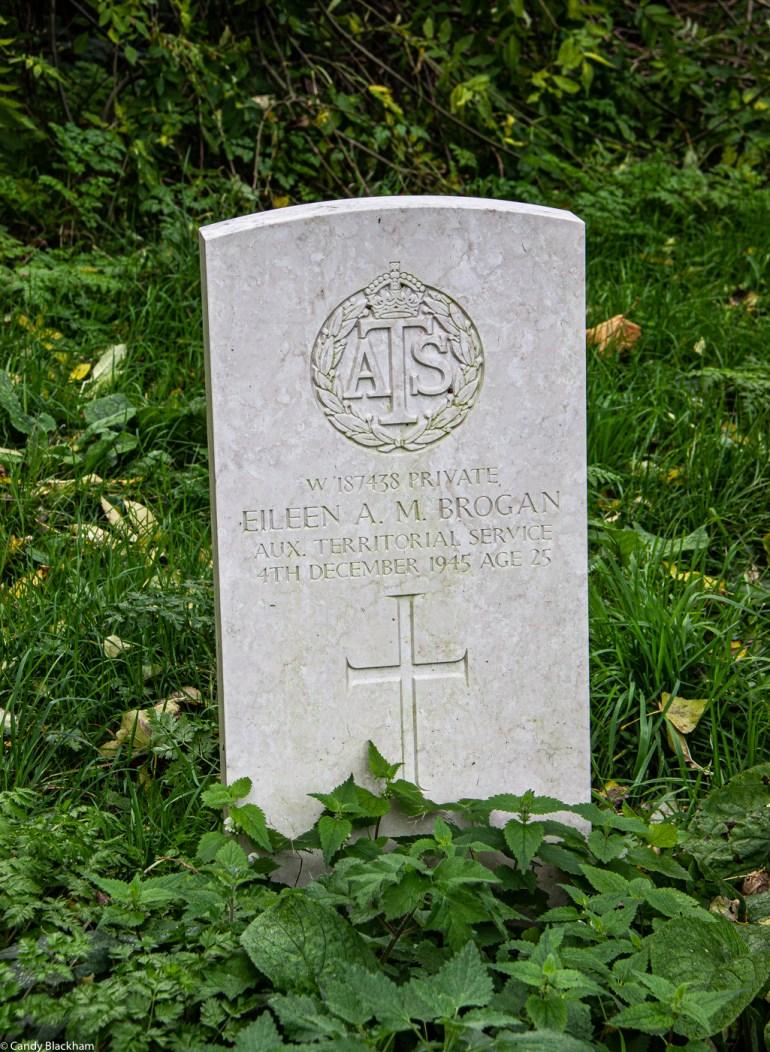 War grave in the Brockley Cemetery in SE London