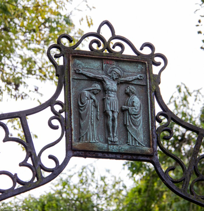 Gates of the RC Cemetery in Brockley Cemetery