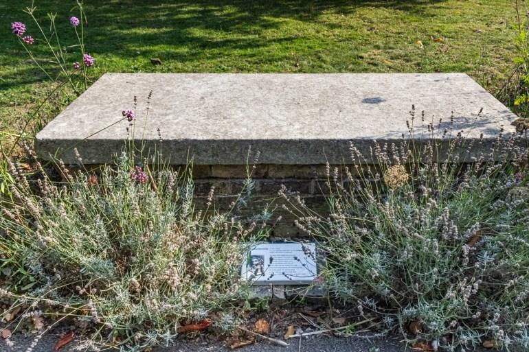 Thomas Dermody's tomb in the garden