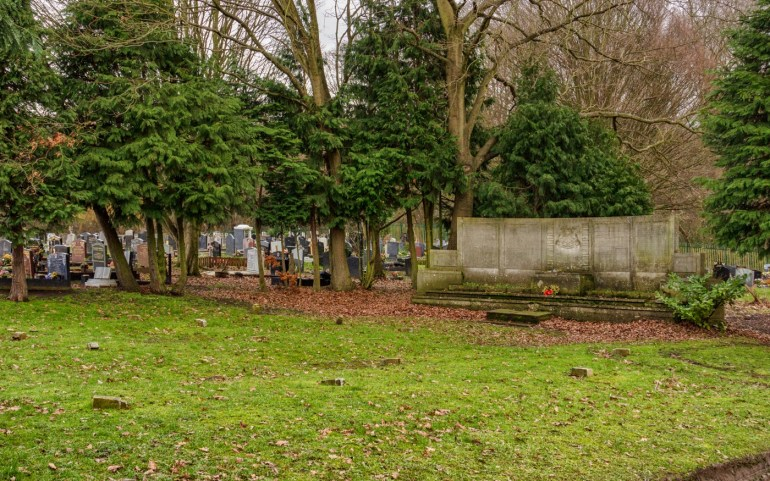 Mass grave of civilians from Deptford killed in WWII, in Grove Park Cemetery