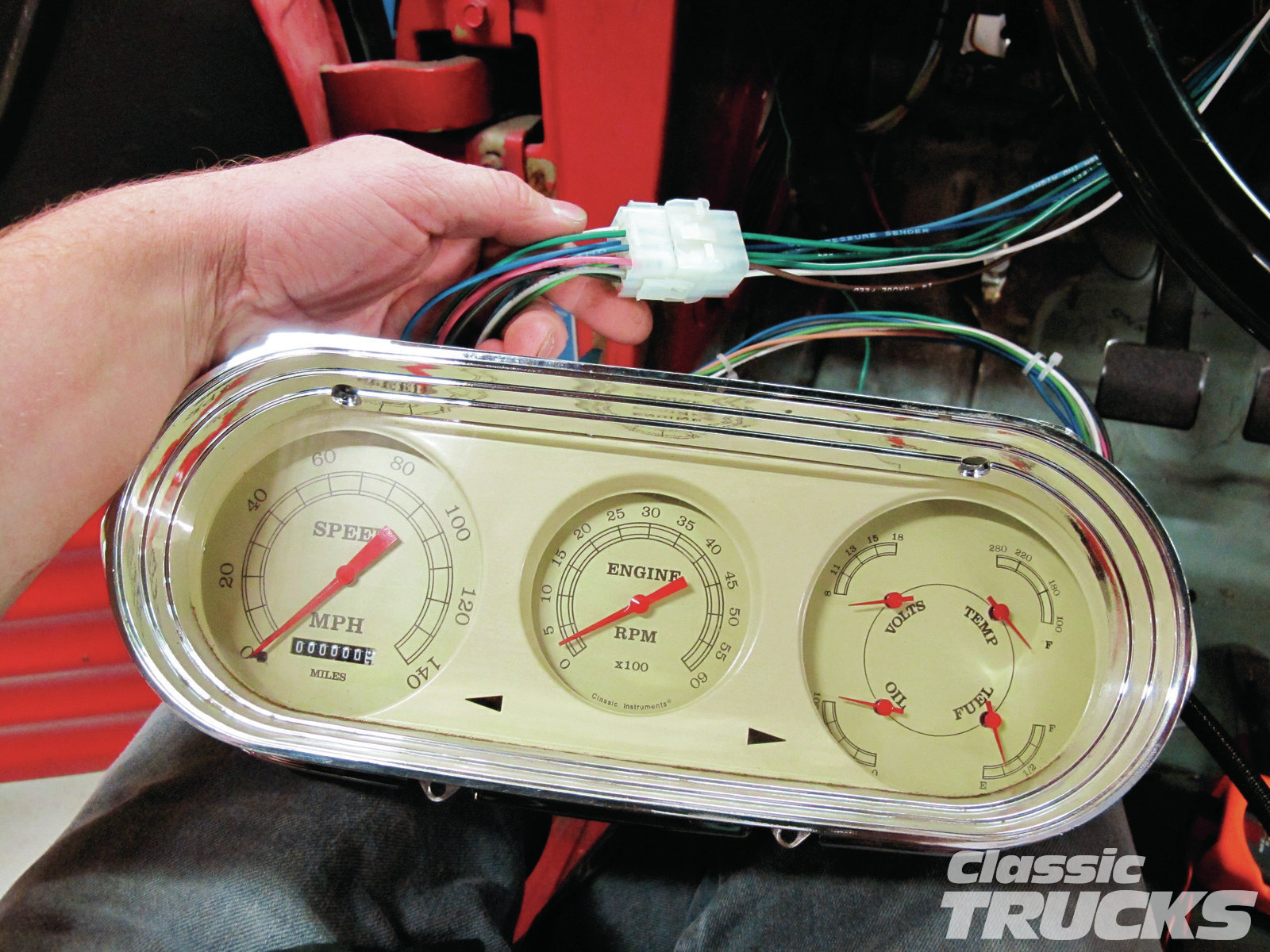 hight resolution of one of the last things i wired in was my classic instruments gauge