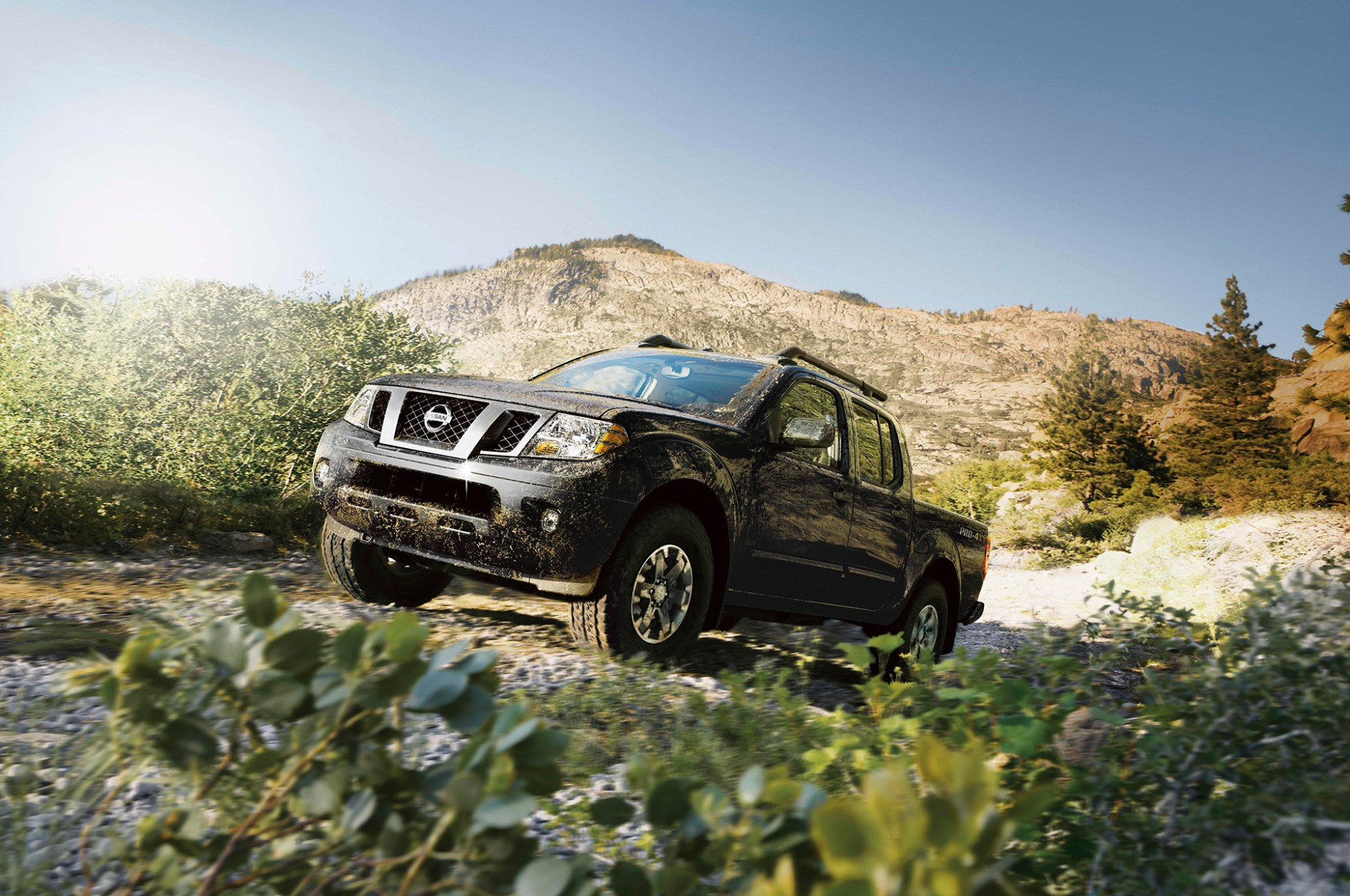 hight resolution of nissan frontier