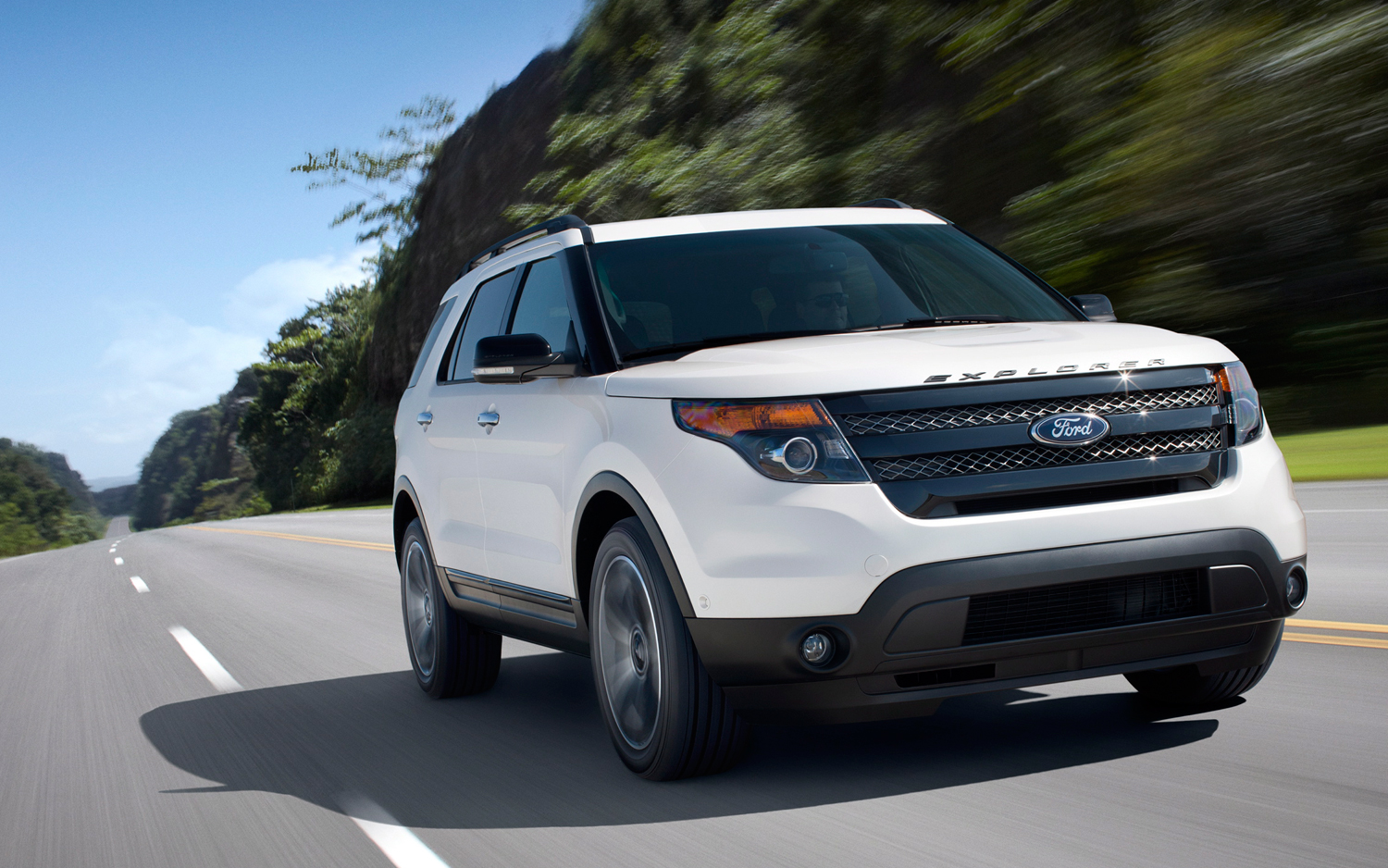 hight resolution of 2013 ford explorer sport
