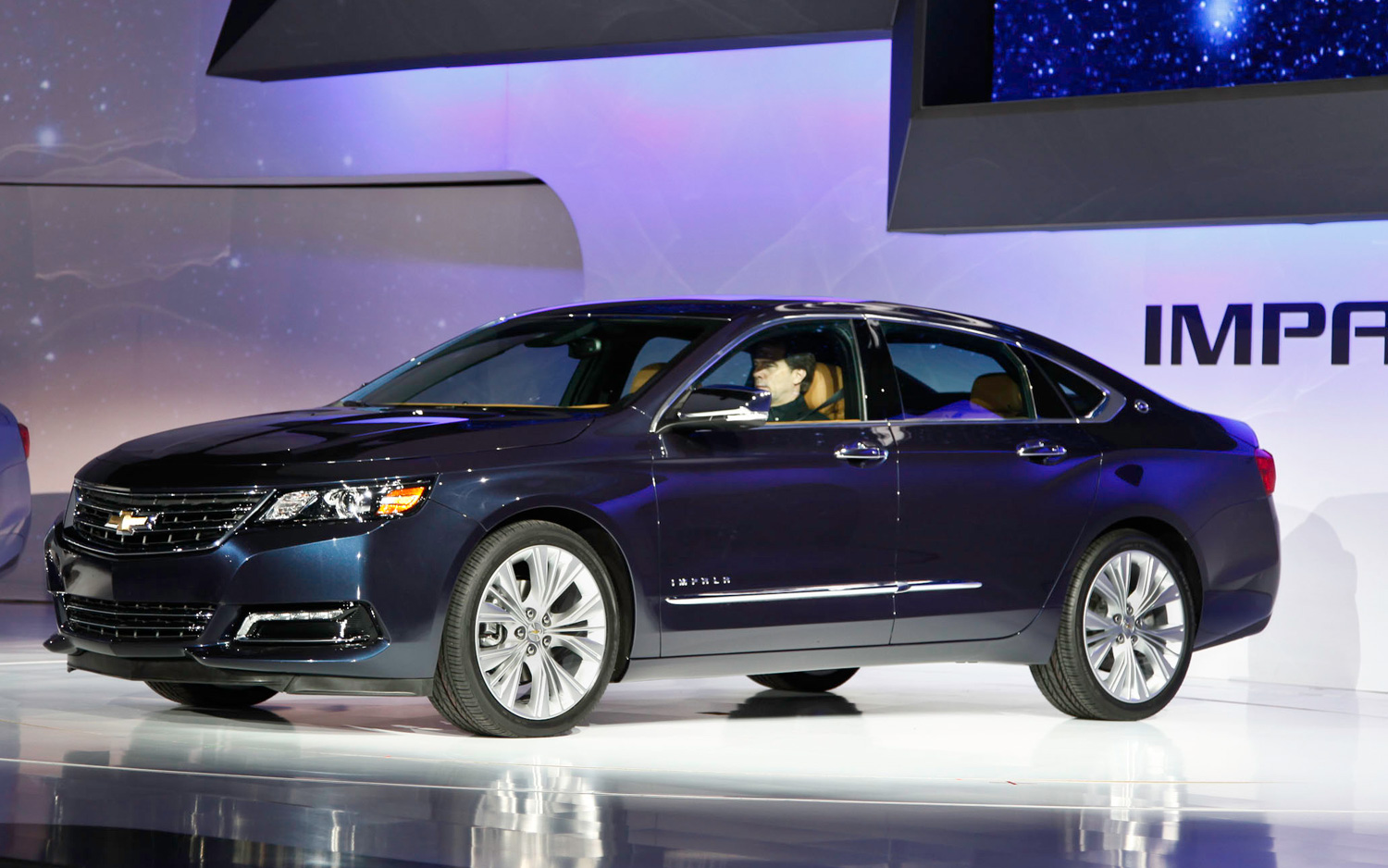 2012 new york updated 2014 chevy impala and 2013 chevy traverse fight for attention [ 1500 x 938 Pixel ]