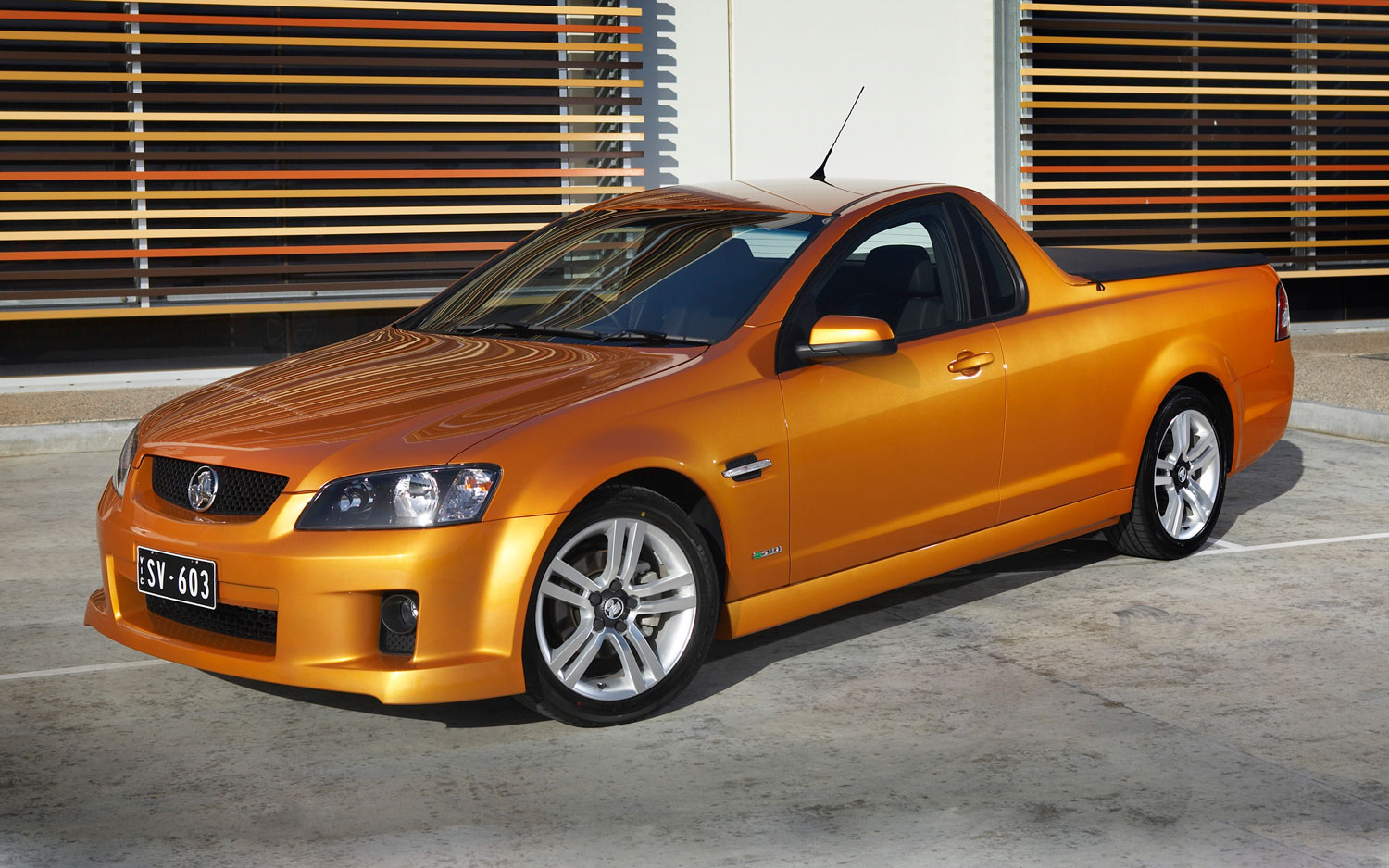 hight resolution of how many stolen v 8s trannys can fit into a holden ute 2 5 million worth