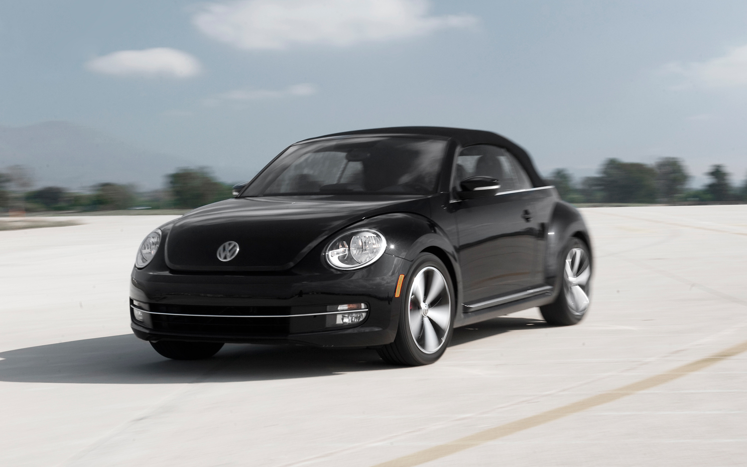 hight resolution of 2013 volkswagen beetle convertible turbo first test