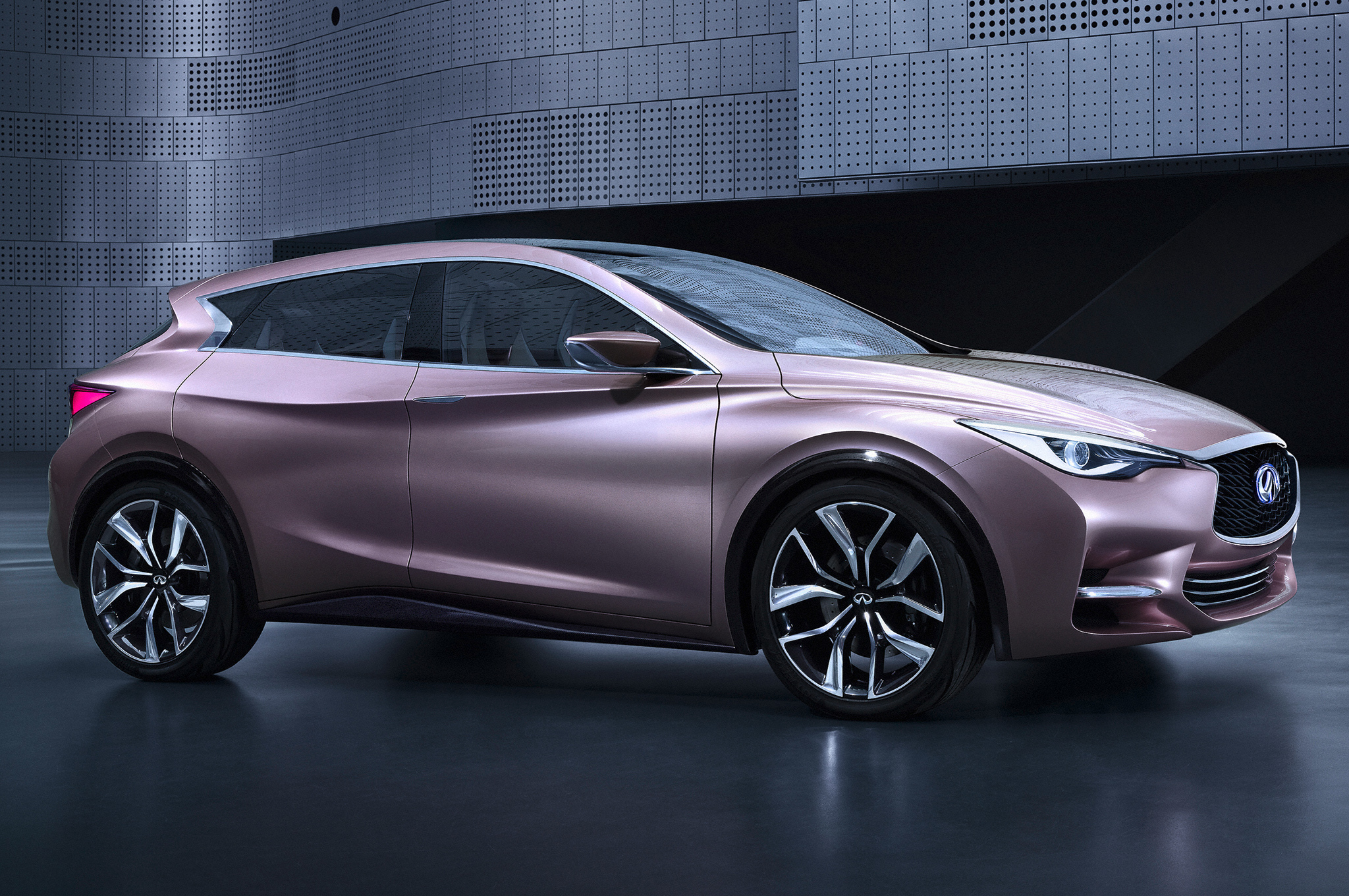 first infiniti q30 concept image revealed [ 2048 x 1360 Pixel ]