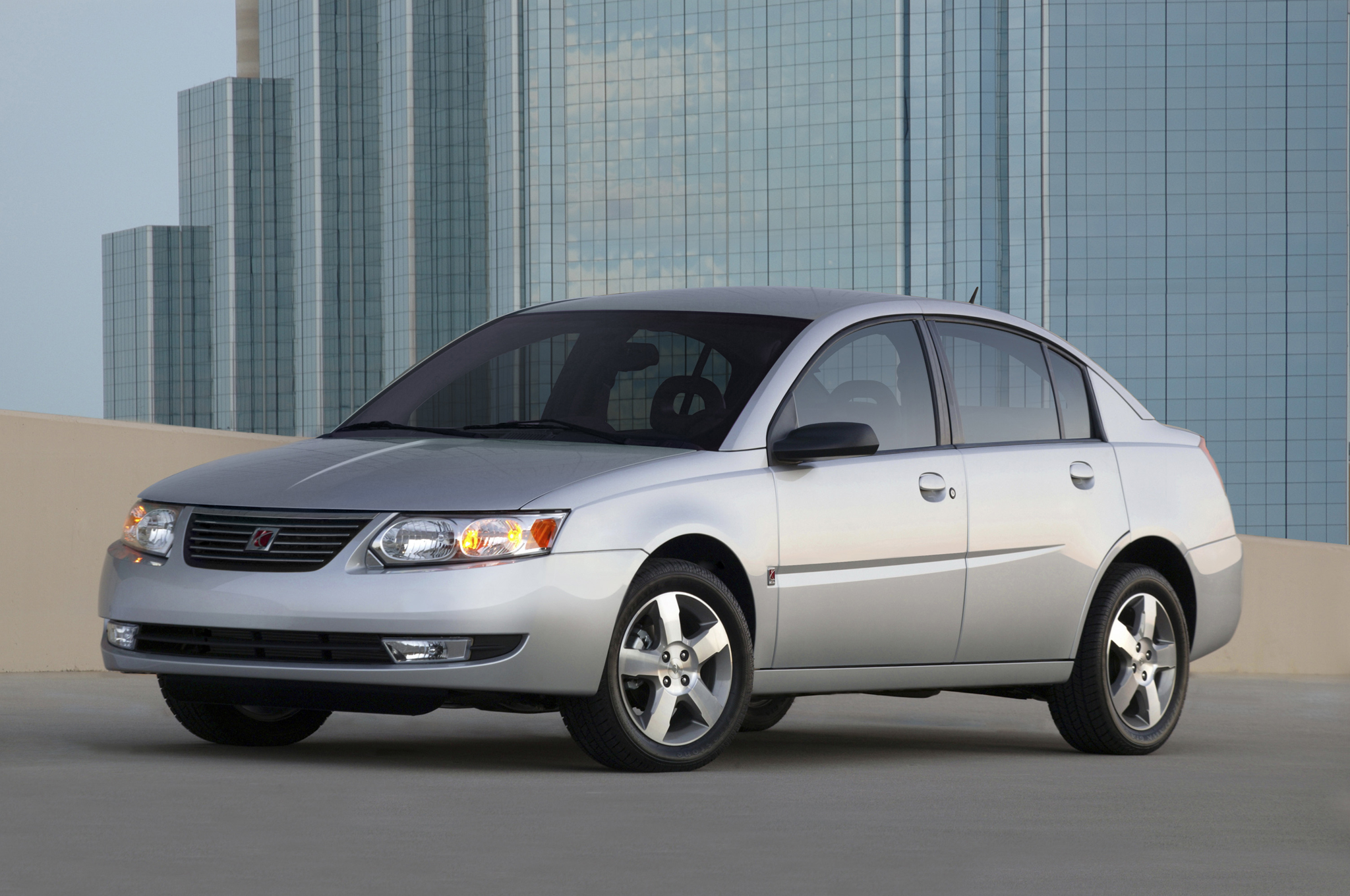 gm expands ignition recall to 1 36 million vehicles including chevrolet hhr saturn ion [ 2048 x 1360 Pixel ]
