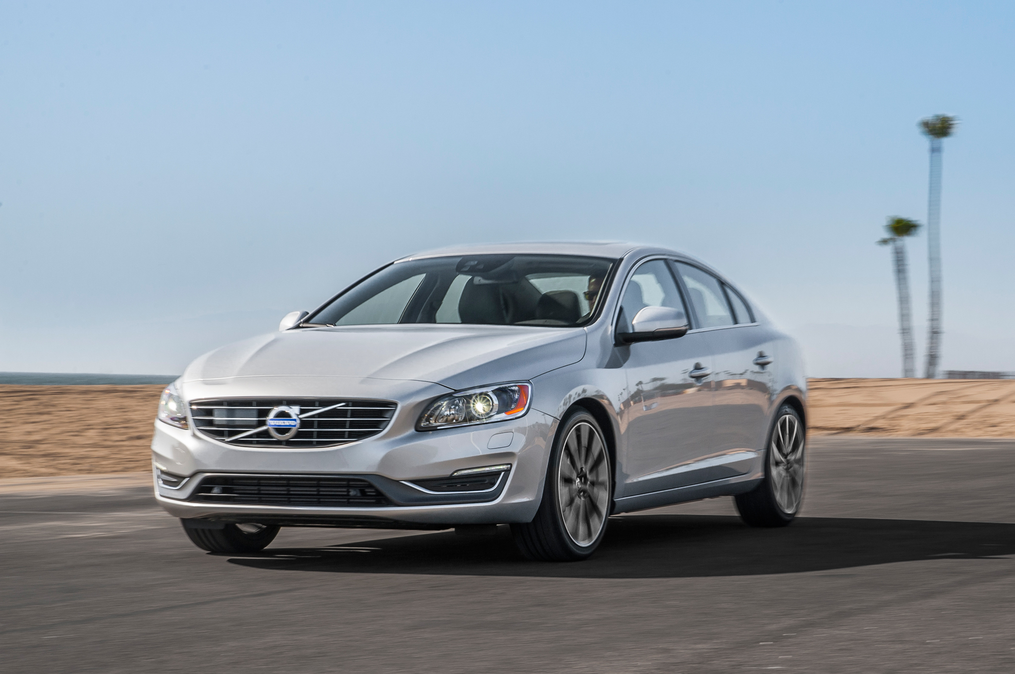 medium resolution of 2015 volvo s60 t6 drive e first test