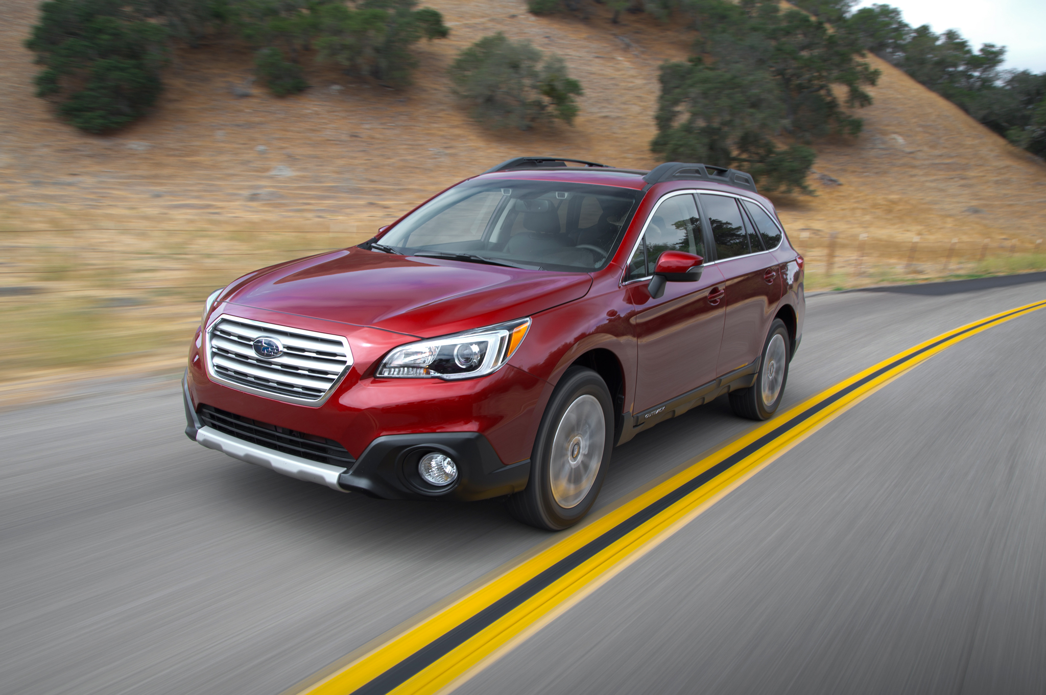 2015 subaru outback 3 6r first test [ 2048 x 1360 Pixel ]