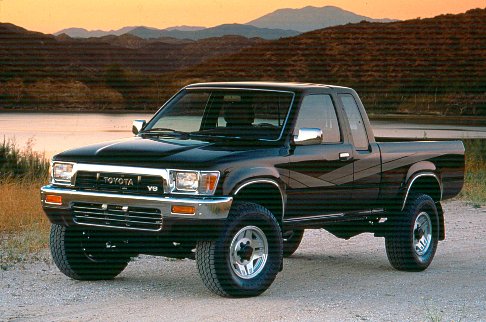 20 years of the toyota tacoma and beyond a look through the years motortrend [ 2048 x 1360 Pixel ]