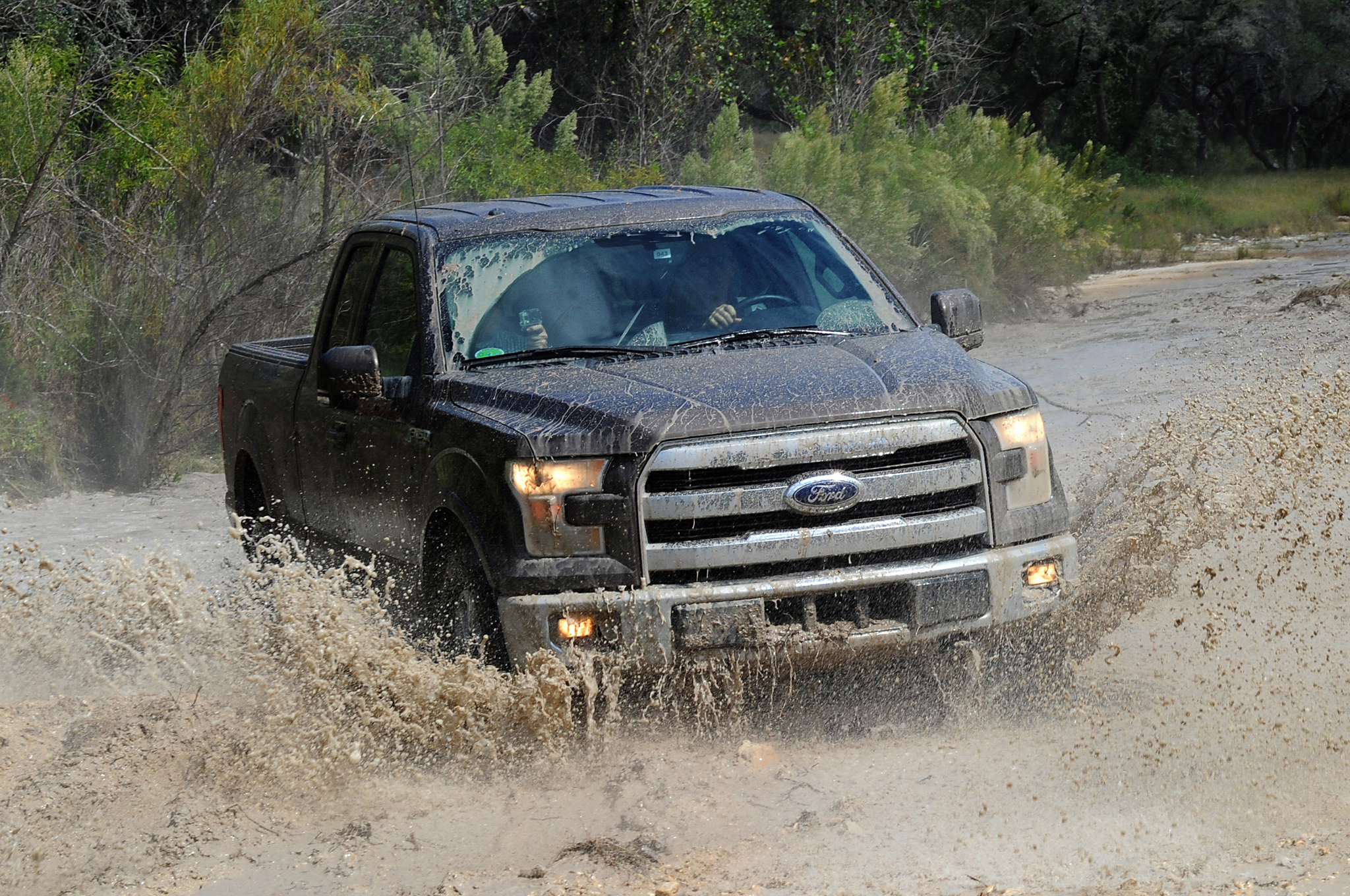 ford slows production of f 150 due to frame shortage [ 2048 x 1360 Pixel ]