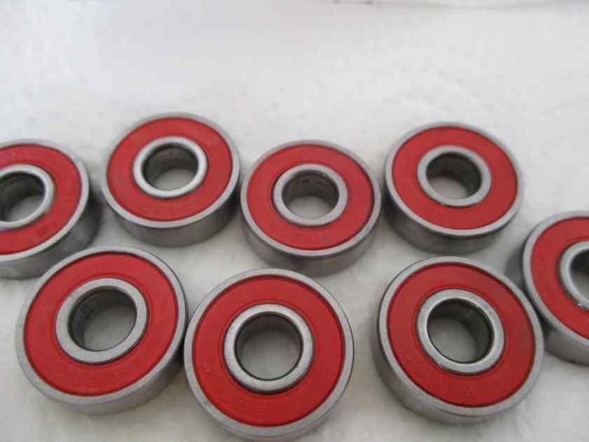 clean skateboard bearing 12