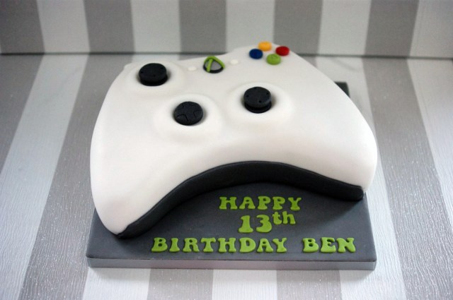 13Th Birthday Cakes Xbox Controller 13th Birthday Cake Bakealous