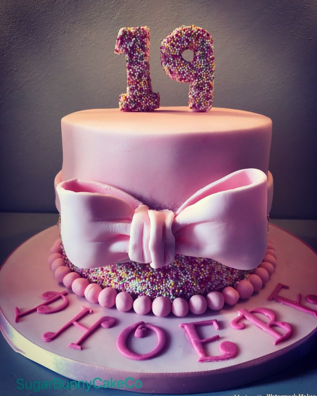 19 Birthday Cake 19th Birthday Pink Sprinkle Bow Cake Birthday Pinterest