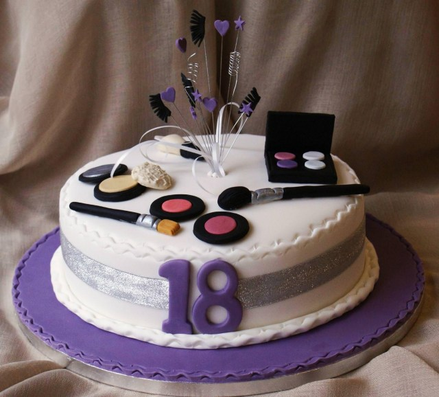 20Th Birthday Cakes 18th Birthday Cakes Both For Boys And Girls Wow Pictures Inside