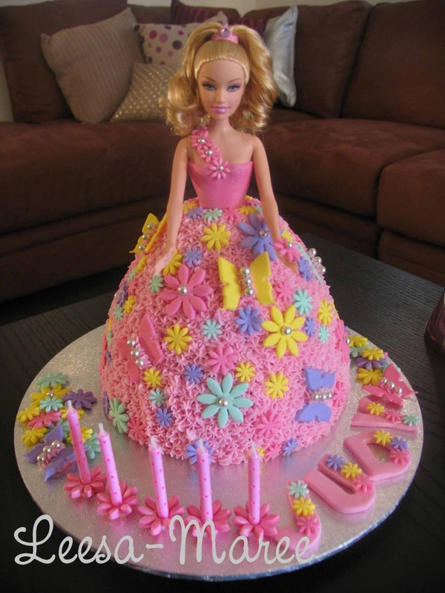 Barbie Birthday Cakes Barbie Birthday Cake This Was A Quick Cake I Did One Night For A
