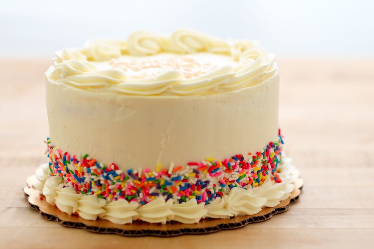 Birthday Cake Image Birthday Cake Flavor Has Taken Over 3 Musketeers Oreos And More Vox