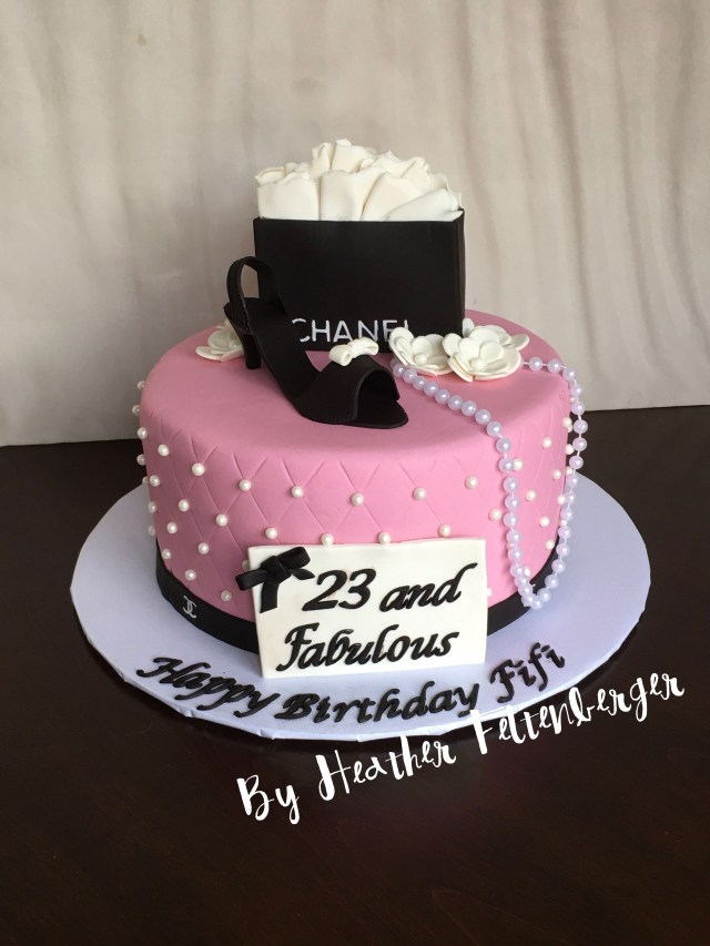 Chanel Birthday Cake Coco Chanel Birthday Cake High Heel Fashion My Cakes Pinterest