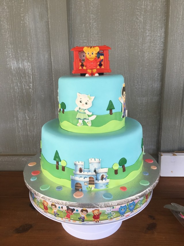 Daniel Tiger Birthday Cake The Life Of Mrs Martinez Grants 2nd Birthday Daniel Tiger Theme