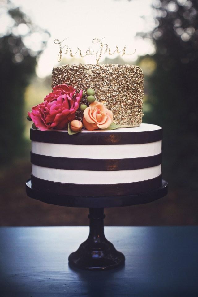 Elegant Birthday Cakes Black White And Gold Cakes Google Search Party Pinte