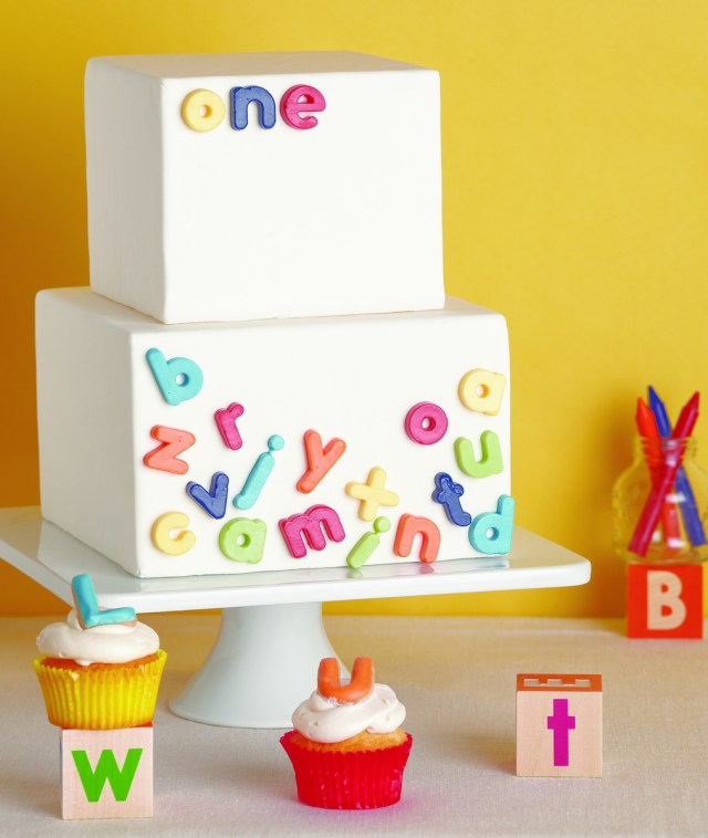 First Birthday Cake Ideas 32 Over The Top First Birthday Cakes Stay At Home Mum