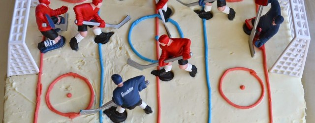 Hockey Birthday Cake Simple Diy Hockey Cakes Creative Hockey Treats Pinterest