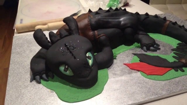 How To Train Your Dragon Birthday Cake How To Cake Your Dragon Toothless Cake Youtube