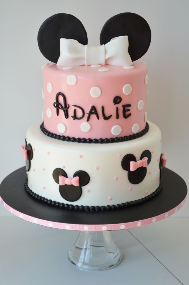 Minnie Mouse Cakes 1St Birthday Bah Oh How I Wish I Had A Legitimate Reason To Order This Cake
