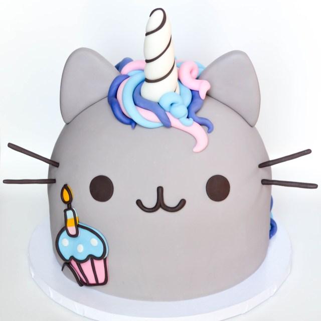 Pusheen Birthday Cake Birthday Pusheen Unicorm Cake Loreleis 8th Birthday Cake