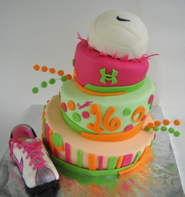 Sweet 16 Birthday Cake Ideas 11 Super Sweet 16 Cake Ideas Your Teen Will Love