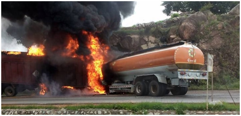 [AGAIN] Tanker on fire in Minna – Five injured, no life lost