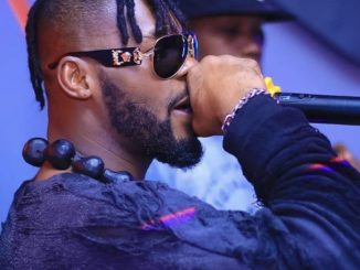 [VIDEO] Fans Dig Up DJ Arafat's Body to Confirm if it's him