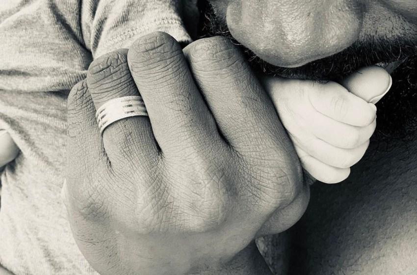 Simi welcomes baby girl with Adekunle Gold [PHOTO]