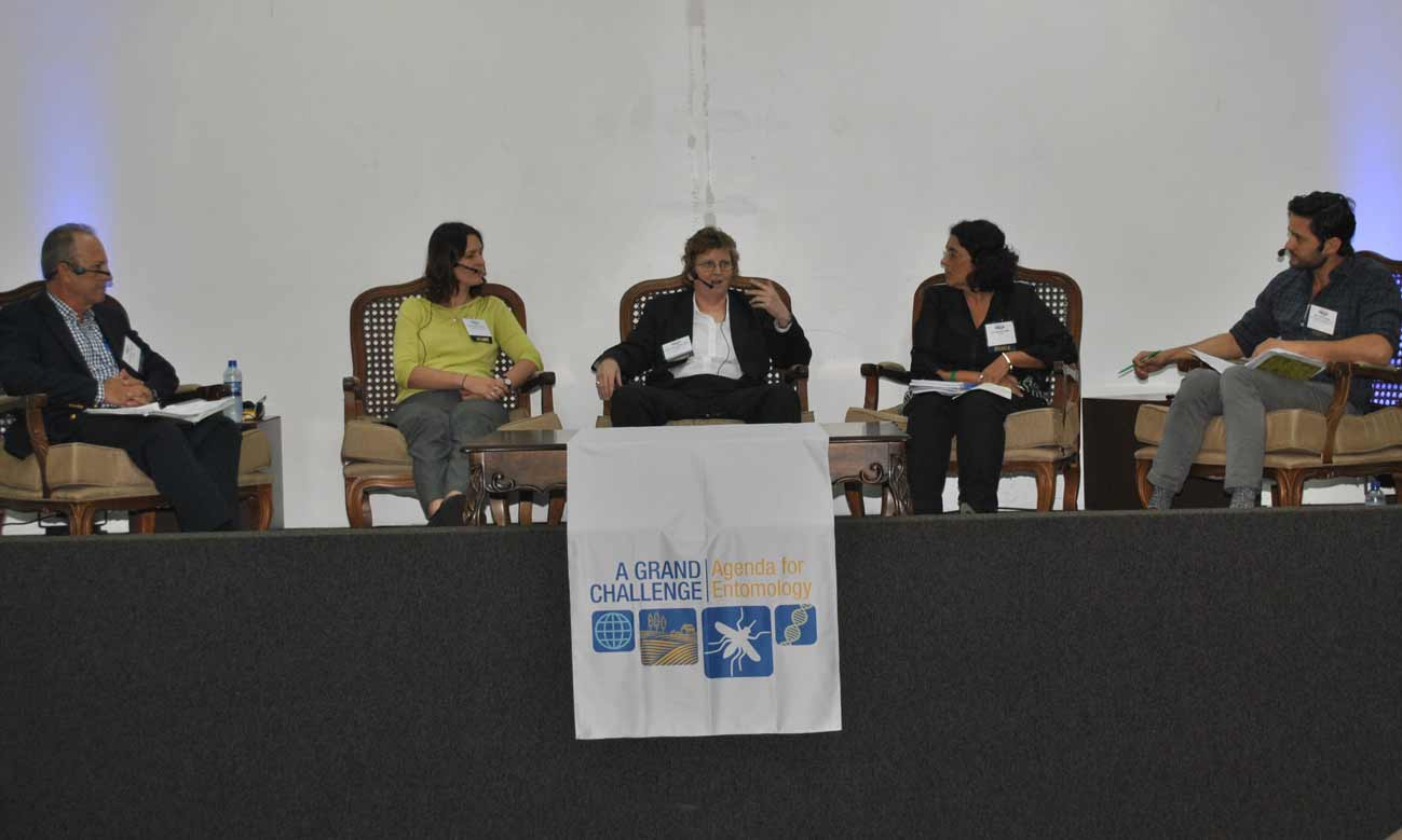 Phil Torres (right) moderates a panel with Dr. Roberto Barrera (U.S. Centers for Disease Control and Prevention), Dr. Angela Harris (Bill and Melinda Gates Foundation), Col. Jamie Blow, PhD (U.S. Armed Forces Pest Management Board), and Dr. Denise Valle (Instituto Oswaldo Cruz).