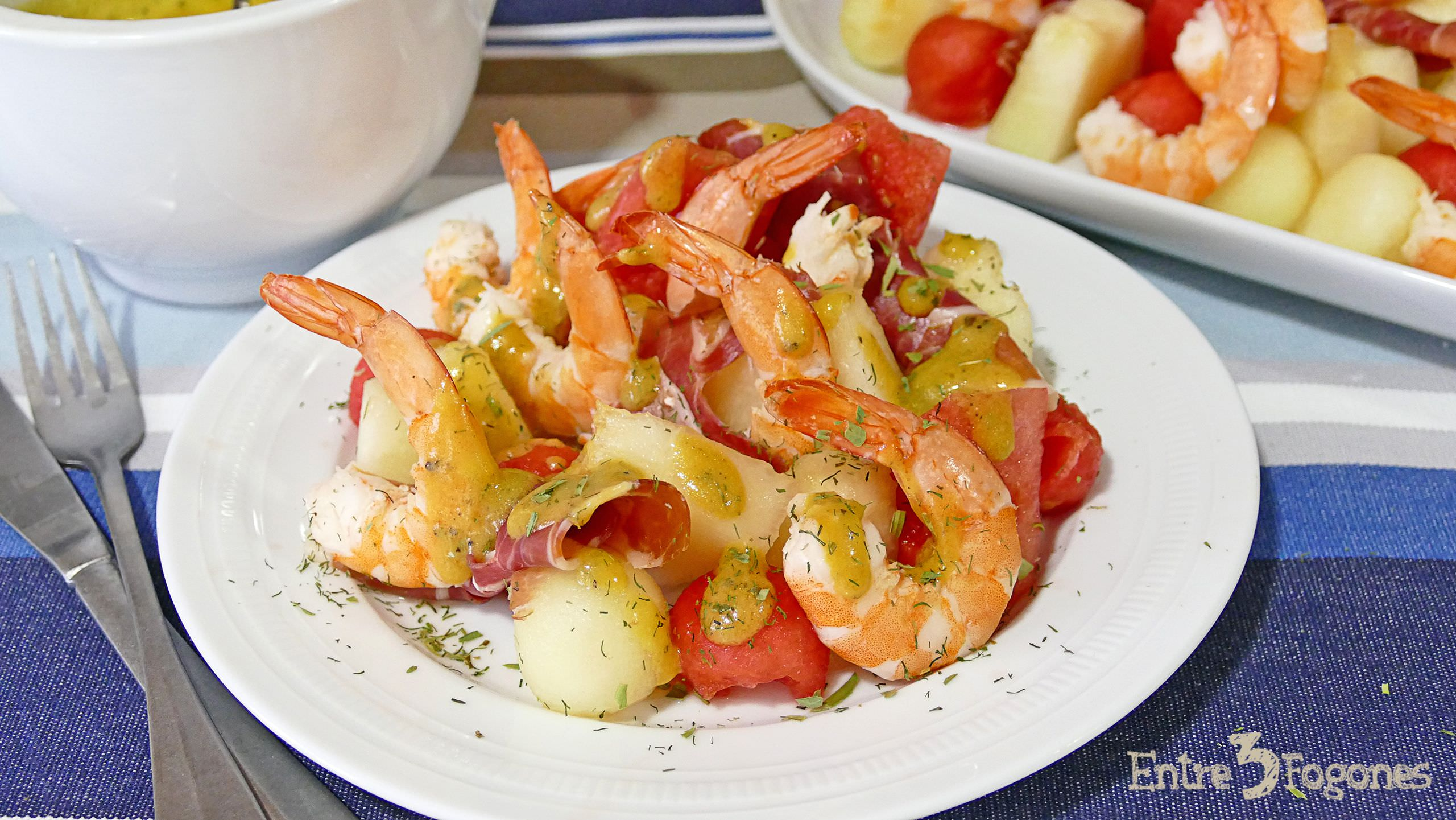 Photo of Ensalada de Melón con Jamón y Langostinos