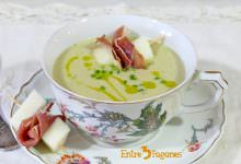 Photo of Ajo Blanco de Almendras y Melón con Jamón