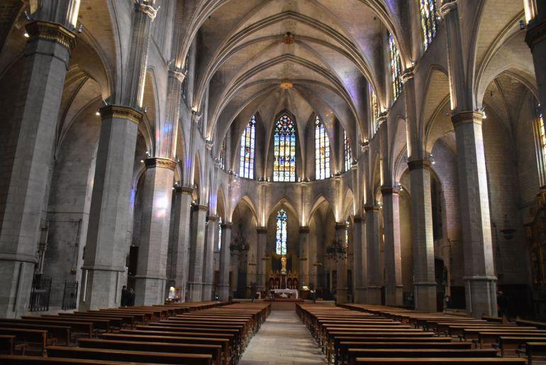 Interior de Basílica de la Seu en Manresa