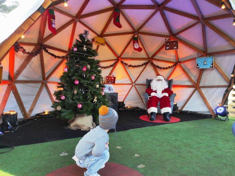 Papá Noel en el Poble Espanyol de Barcelona