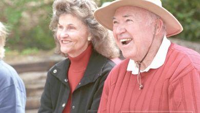 Murió Kay Smith, esposa de Chuck Smith