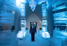 Incredible Winter Experience In Ice Hotel Entr