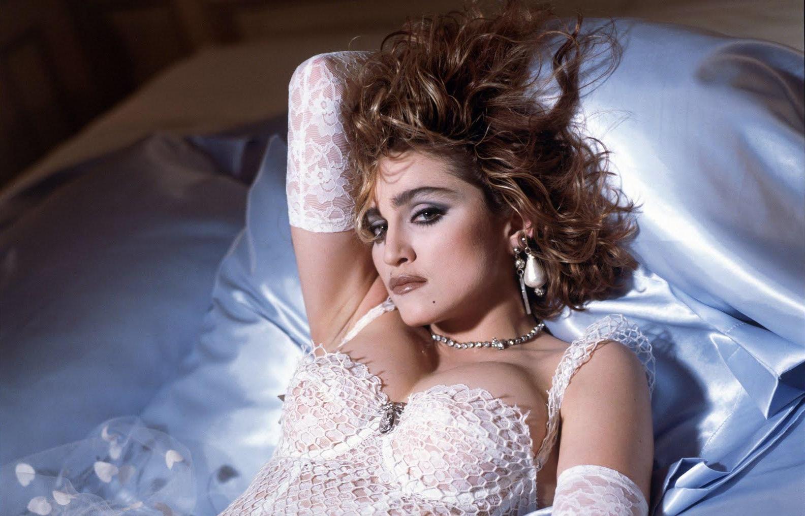 Dexter Fletcher interesado en la película sobre Madonna