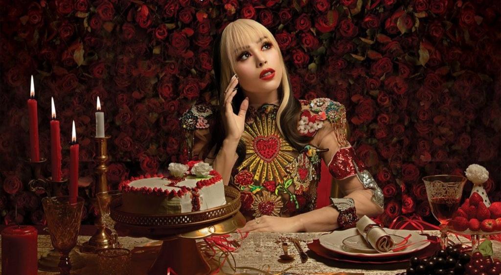 Danna Paola arrasa con su nuevo disco K.O.