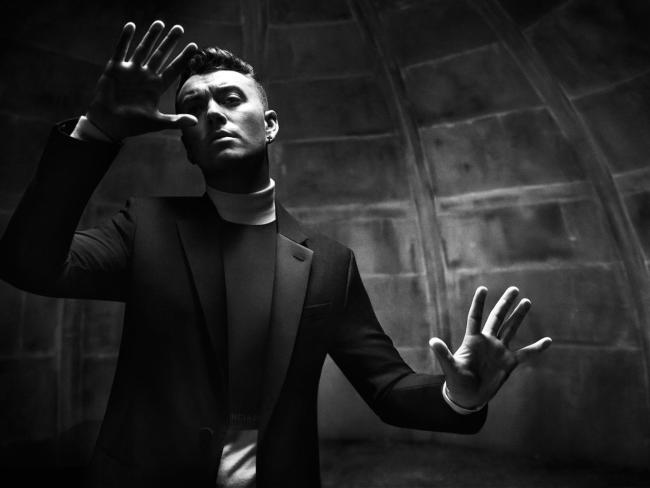 Sam Smith video Writing's On The Wall