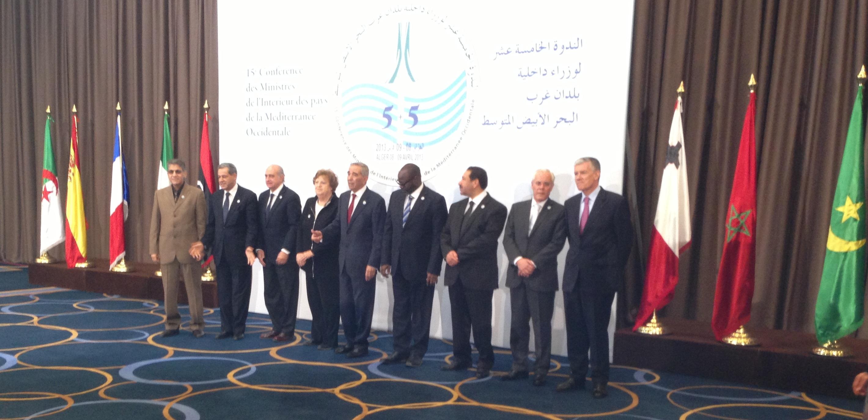 Los ministros del Interior de España, Portugal, Francia, Italia, Malta, Libia, Mauritania, Marruecos, Túnez y Argelia. / Interior