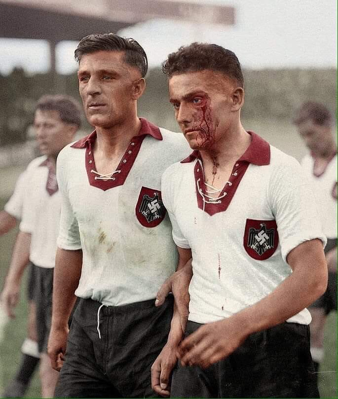 closer-look-nazi-germany-1938-world-cup-kit (3)